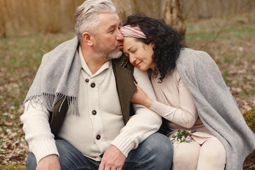starší manželé